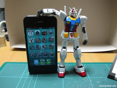 iPhone とサイズ比較。